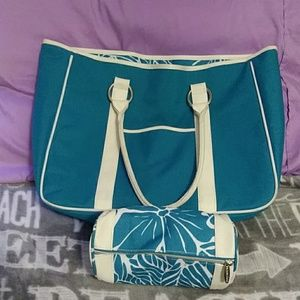 Large tote with mini cosmetic bag